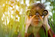 boy_binoculars-190
