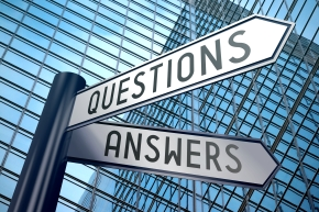 Signpost illustration, two arrows - questions and answers